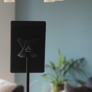 Scora-tablet-stand-back-vetical