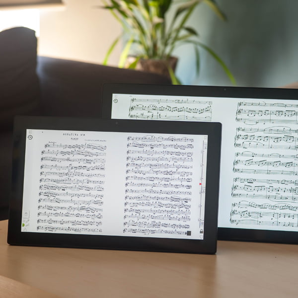 Scora maestro is a stationary screen with two pages of sheet music
